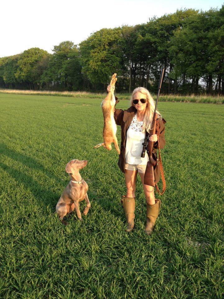 Охота на зайца, охота на зайца по чернотропу, охота на зайца летом, охота на зайца осенью, охота на зайца-русака, охота на зайца с собакой, охота на зайца котлом, охота на зайца бригадой, охота на зайца подранка
