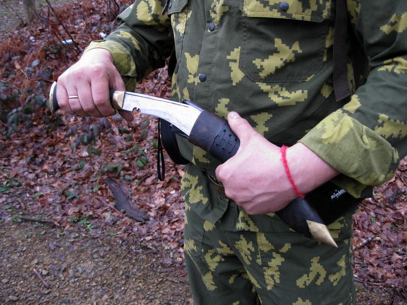 Кукри - непальский нож испытания