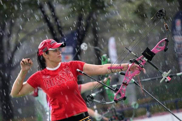 Альбина Логинова на этапе Кубка Мира по стрельбе из лука в Шанхае 2013