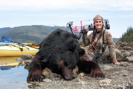 Женщины и охота, женщины на охоте, женщины и оружие, женщины на рыбалке, девушки на охоте, фото девушек на охоте, охота и рыбалка, охота в россии